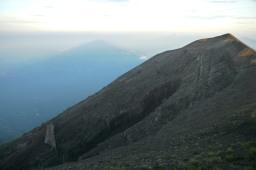 D'Îles en îles, de Java à Bali et trek du Mont Agung